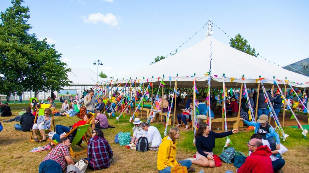 hay-festival-site-2017